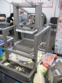 машина резки зелени и овощей на ломтики