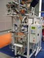 упаковочный автомат с дозатором для сыпучих и штучных продуктов