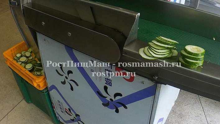 Шинковка огурцов на Ленточной овощерезке RY-80
